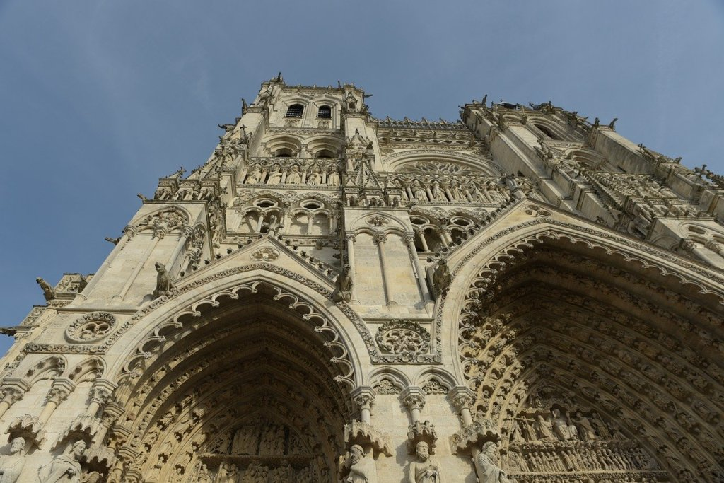 The front facade of Amiens Cathedral